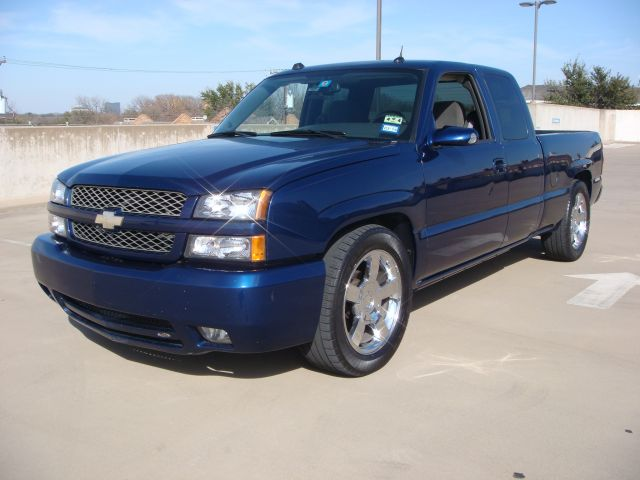 2004 silverado ls with joe gibbs front exterior performance gallery. Black Bedroom Furniture Sets. Home Design Ideas