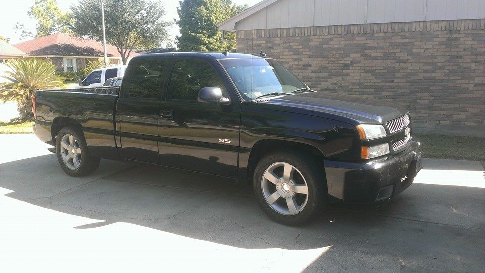 2003 black silverado ss for sale for sale wanted. Black Bedroom Furniture Sets. Home Design Ideas