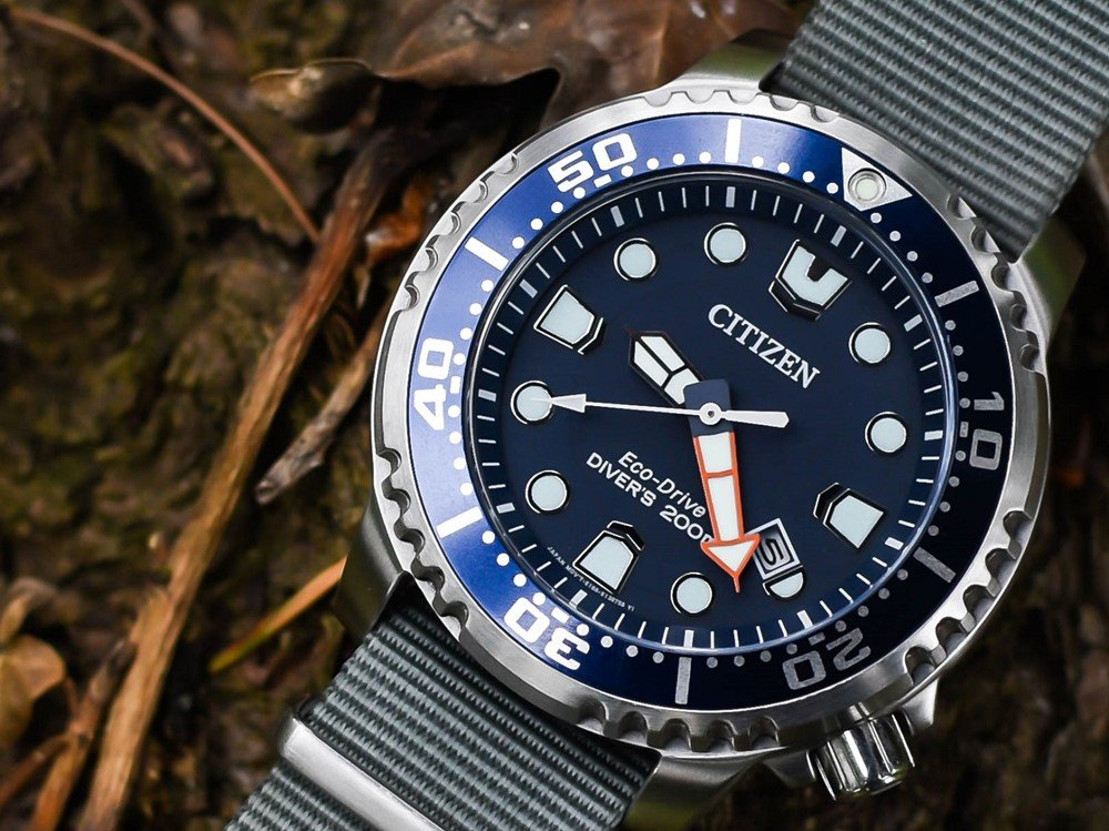 The-Best-Watch-bands-for-Citizen-Eco-Drive-Promaster-Diver-5_副本.jpg